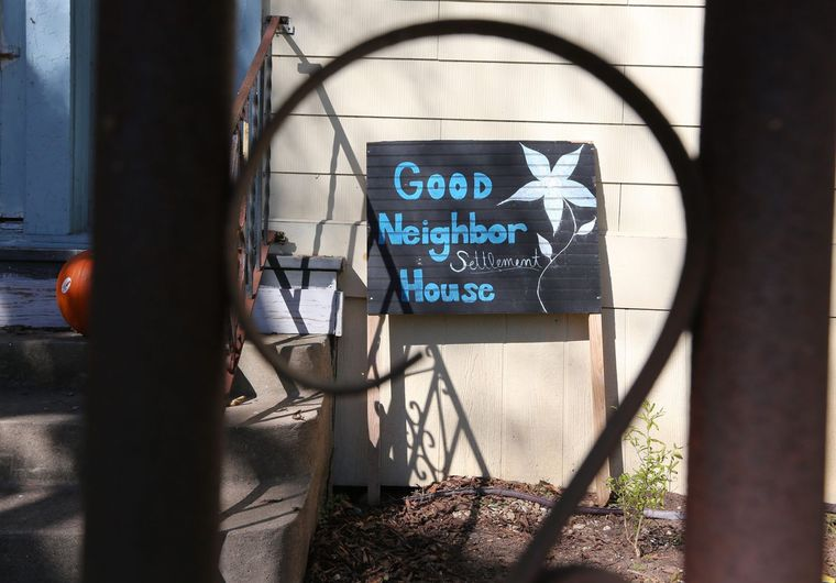 """Good Neighbor Settlement House"" sign from the Waco Trib article."